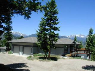 The Griffin at Windcliff: Panoramic RMNP Views, 4 Bedrooms, Borders Park, Estes Park