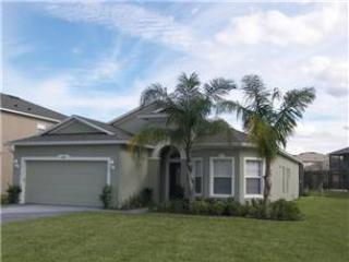 DS906* Cozy 4 Bed Pool Home