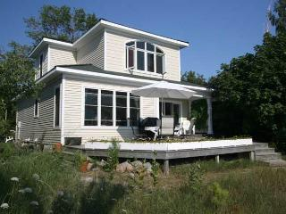 Amberley Beach cottage (#348), Kincardine