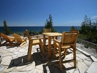 Cape Chin Escape cottage (#498), Bruce Peninsula