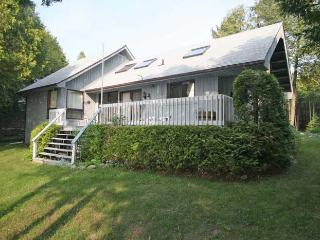 Cedar Rock cottage (#484), Owen Sound