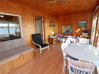 Hay Hues cottage (#13)