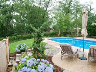 ROCK HARBOR IN ORLEANS 5 BEDROOM 3.5 BATH HOME WITH POOL!
