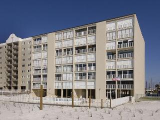 Edgewater 43 ~ Fantastic Beachfront Condo, Gulf Shores