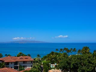 Amazing Panoramic Ocean and Wailea Beach View from the M511 Regal Mandalay Terrace