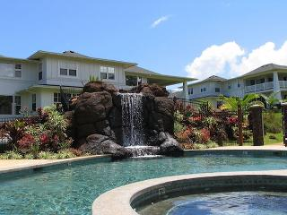 Beautiful Hawaiian Condo with AC!!  Ground floor 2 bedroom unit, Princeville
