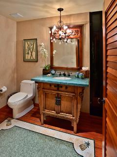 Wailea Sunset Estate - Great Room Half Bath