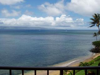 B603 Hololani Oceanfront Resort, Lahaina