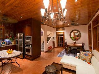 Exceptional 3BR vacation villa Private pool, near beach, gas grill - CV6, Tamarindo