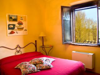 Il Forno apt great views on sunflowers, heated pool