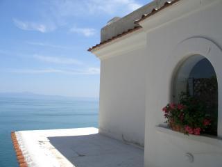 Amalfi Coast Villa Rental - Casa Fiorenza, Praiano