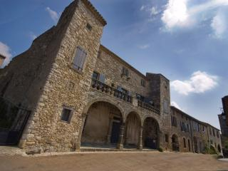 Rustic Castle with Breathtaking Countryside Views - Chateau de Chance, Aragon