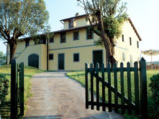 Tuscany Villa Accommodation - Fattoria Capponi - Missoni, Montopoli in Val d'Arno