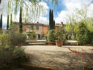 Apartment Rental Near Lucca in Tuscany - La Corte 2, Orentano