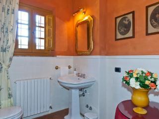 Villa Rental in Tuscany, Vorno - La Raccolta