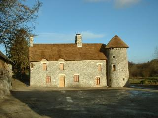 Historic Manor House in Normandy - Le Manoir Normand, Lessay
