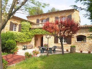 French Riviera Villa Rental near Grasse - Le Mas de Valerie, Peymeinade