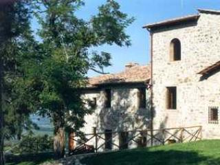 Apartment on a Chianti Wine Estate - Rosso 3, Montefiridolfi
