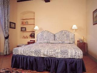 Apartment on a Chianti Wine Estate - Rosso 5, Montefiridolfi
