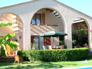 Family Villa Rental near Alcudia in Mallorca - Villa Alondra