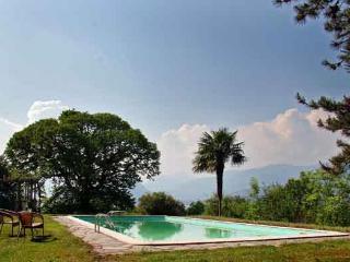 Beautiful Villa with Spectacular Views of Lake Maggiore  - Villa con Vista with