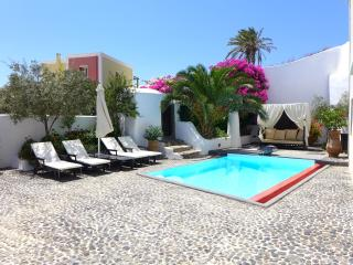 Aegean Islands Villa Rental with Private Pool - Villa Caldera