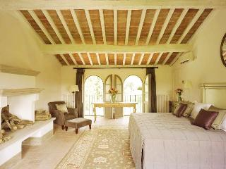 Luxury Tuscan Villa with Pool For Rent - Villa della Stemma