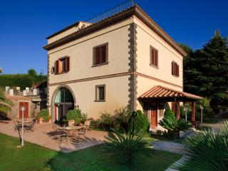 Beautiful Villa with Pool Near Sorrento and Walking Distance to Village - Villa Due Golfi, Sant'Agata sui Due Golfi