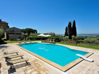 Beautiful Villa in Tuscany Close to Cortona - Villa Fontana