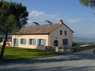 Enchanting Tuscan Villa Near Montepulciano - Villa Rosa
