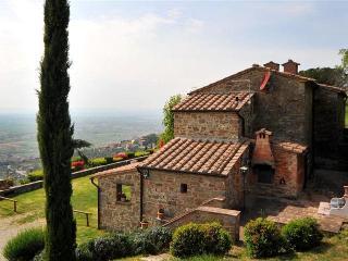 Villa Walking Distance to Cortona - Vista Infinita