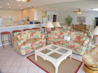 Crystal Villas Condominium B04, Destin