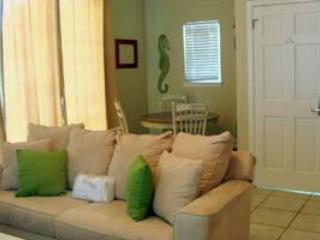 Nantucket Rainbow Cottages 11B, Destin