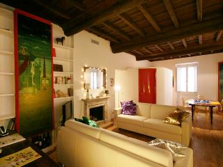 Rome Apartment Rental in Trastevere Area - Aurelian, Castel Gandolfo