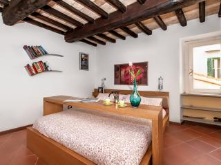 Chic Apartment in Rome near the Historic Center - Campo dei Fiori - Cristoforo, Castel Gandolfo