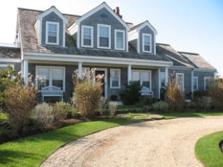 2 Tautemo Way, Nantucket