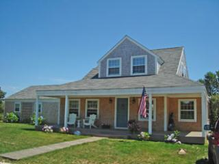 4 Bedroom 3 Bathroom Vacation Rental in Nantucket that sleeps 10 -(7303)