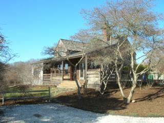 Fabulous House with 3 BR & 3 BA in Nantucket (8382)