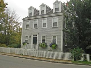 28 West Chester Street, Nantucket