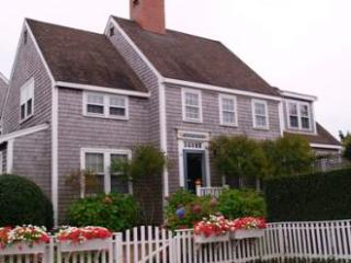 14 Netowa Lane, Nantucket