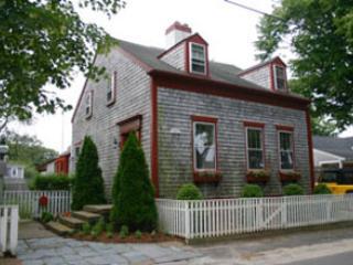 16 Vestal Street, Nantucket