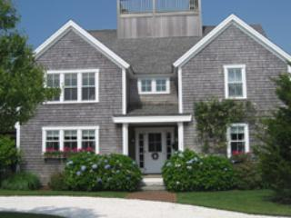 22 Woodbine Street, Nantucket