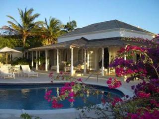 Overlooking the 16th fairway of the Royal Westmoreland Golf Course, this villa is perfect for the golf enthusiast. RL IXO, Barbados