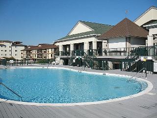 Islander Villas pool oceanfront at The Isle's Rest
