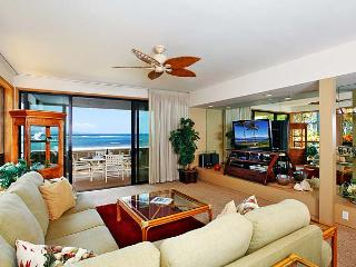 Unit 25 Ocean Front Prime Luxury 3 Bedroom Condo, Lahaina