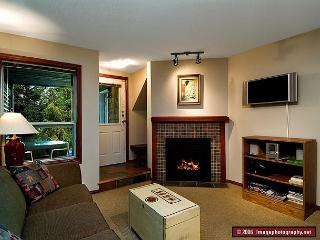 46 Glaciers Reach this 2br home has a hot tub & pool in Whistler Village