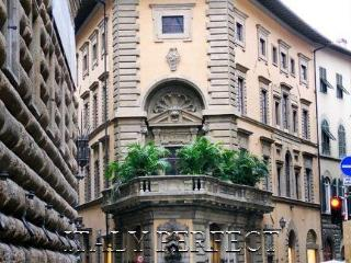 Perfect Best Florence Historic Center A+ Reviews-Elevator-Super Central Location