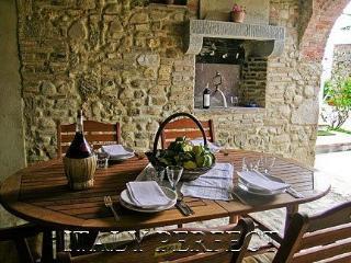 Casa San Vito loggia for meals outdorrs
