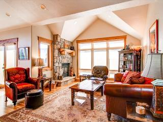Mt Victoria Lodge J Luxury Condo Downtown Frisco Colorado Vacation