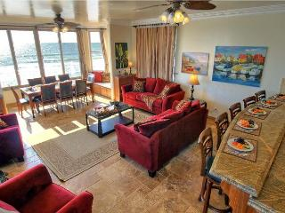 Living room, Beachfront Only Vacation Rentals